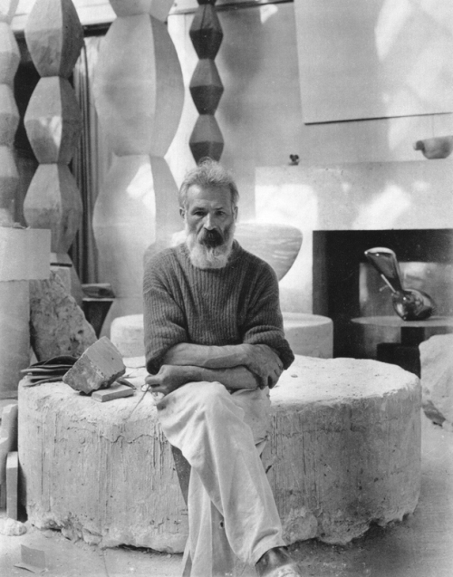 Constantin-Brancusi-Artist-and-Sculptor-9