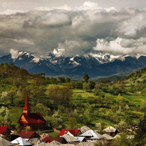 Romania Botiza este un sat în județul Maramureș, Transilvania, România foto Adrian Petrisor