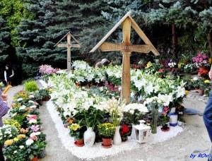 Mormântul părintelui Arsenie Boca - Sfânta Mănăstire Prislop