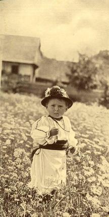 Copil de taran. - poze Poze vechi de la tara, din jurul Sibiului.jpg