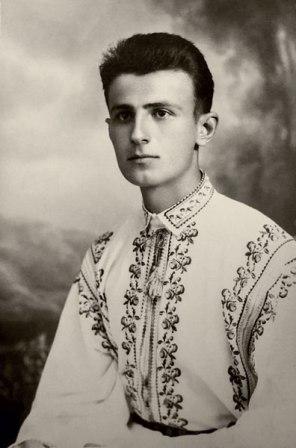 Ioan Ianolide, elev la liceu, 1939